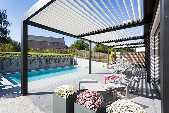 solicanada fabricant de pergola bioclimatique. Black Bedroom Furniture Sets. Home Design Ideas